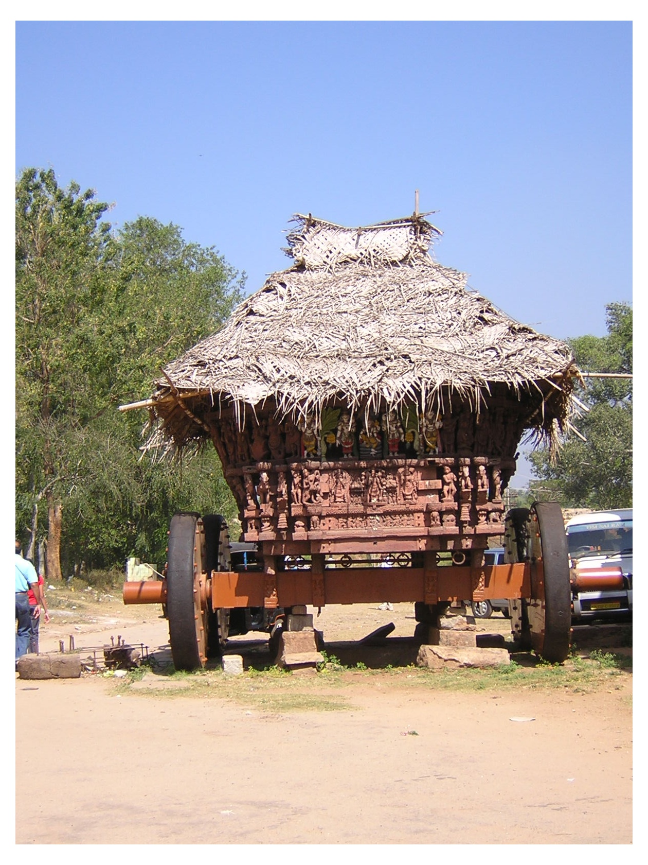 Temple ther (car/chariot/whatever you call it). - Huge!